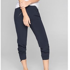 Athleta Aspire Ankle Pant Navy Blue Size 8